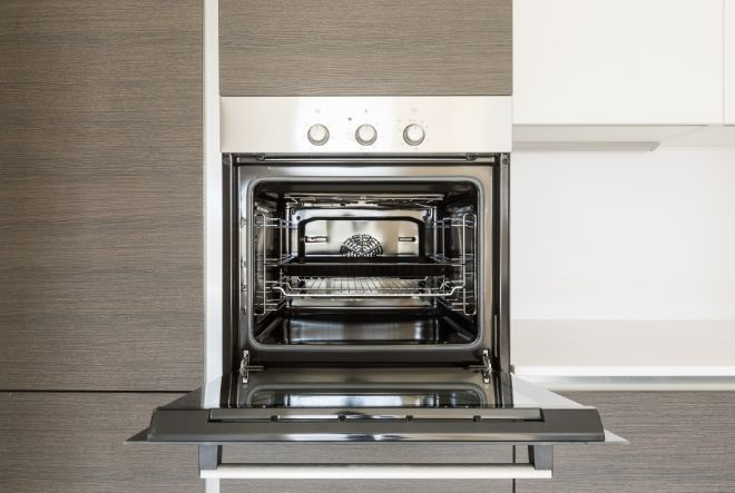 The Appliance Expert offers instalation services for built-in, integrated and semi-integrated appliances.